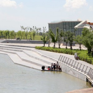 In China's coal belt, Datong has been considered the most polluted city in the world. Wenying Lake, east of the city, once a prominent destination for leisure and trekking, became degraded as the city expanding rapidly in recent decades.