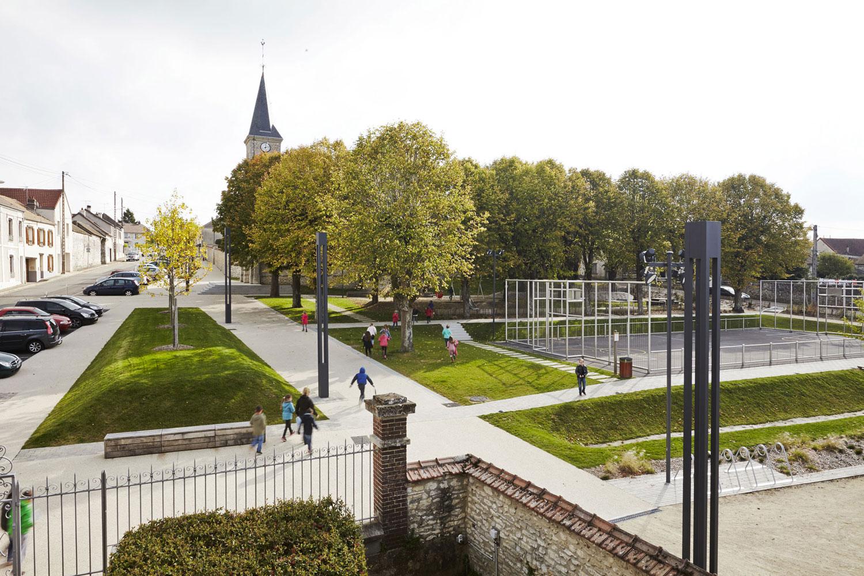 The Village Square By Espace Libre 171 Landscape