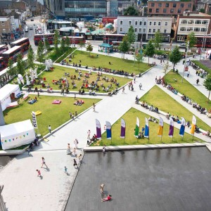 Gustafson Porter's proposal for Woolwich Squares, encompassing Beresford Square, Greens End and General Gordon Square (approx 1ha), signifies the consolidation of a fragmented Woolwich Town Centre, rejuvenating its public spaces, and bringing people back into the heart of Woolwich, both socially and commercially.
